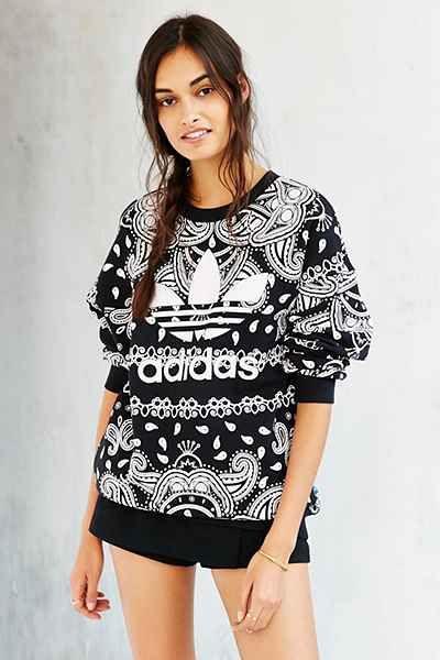Originals Urban Paisley Adidas Outfitters Javiera Sweatshirt 4dtwCxw7q