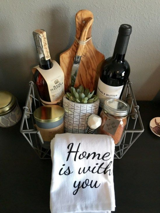 31 Christmas Gift Basket Ideas for Everyone (8)