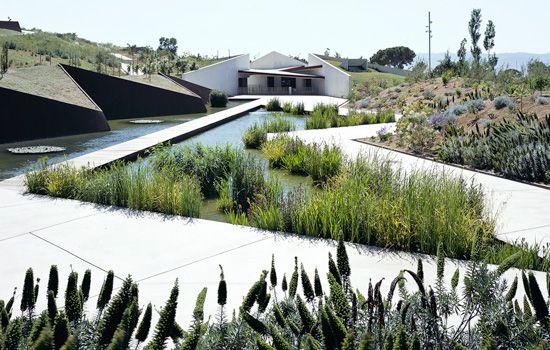 gardens.jpg 550×350 pikseliä