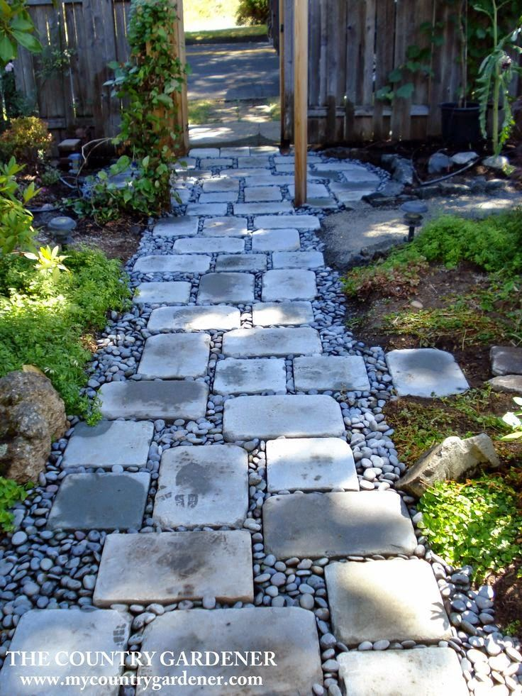 Charmant An Inexpensive Option For A Beautiful Path. Flagstones And River Rock Garden  Path