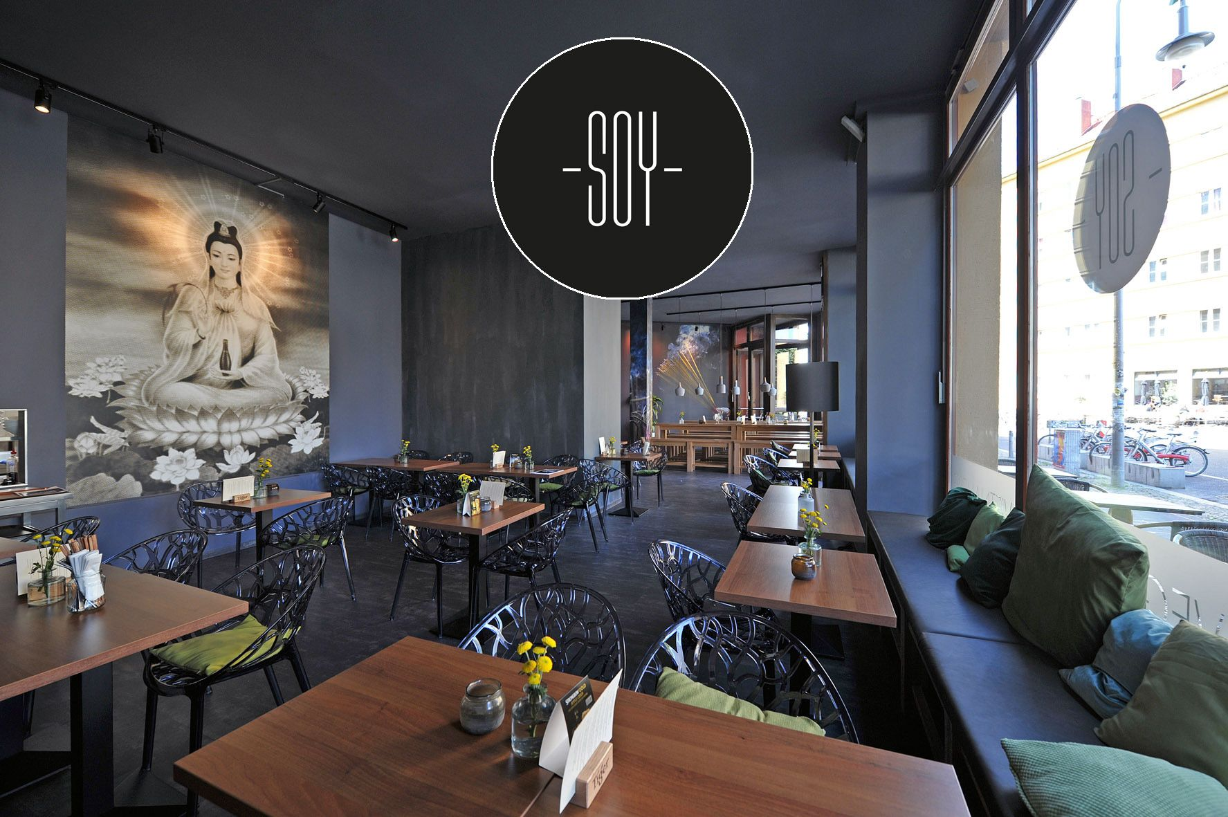 vegan vietnamese restaurant / Rosa-Luxemburg-Strasse 30, Berlin ...