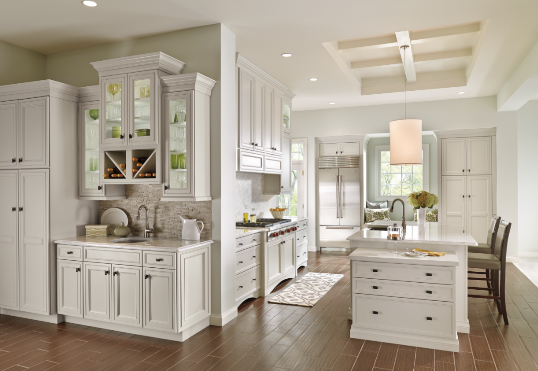 Decora Cabinetry Open And Airy The Off White Kitchen Cabinets In Crushed Ice Create A Light Hearted Bac Decora Cabinets Modern Kitchen Design Kitchen Cabinets