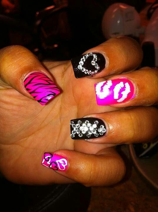 pink & black fav two colors