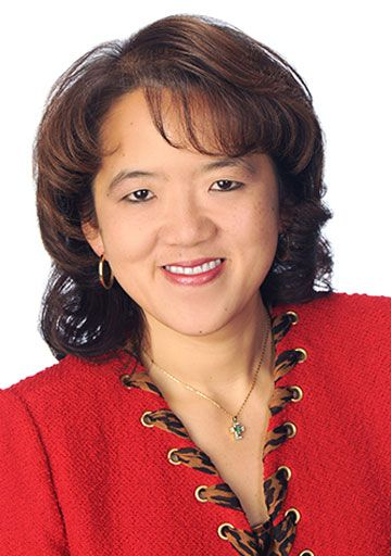 Meet Anne Chow President Of Integrator Solutions For At T And Learn Why She Believes In The Power Of Relationship Building At T Relationship Building Women