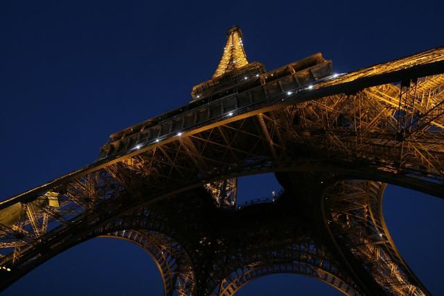 24 Fantastic Hours in Paris: How to Visit the City in a Single Day: Noon and Early Afternoon: Eiffel Tower and Environs