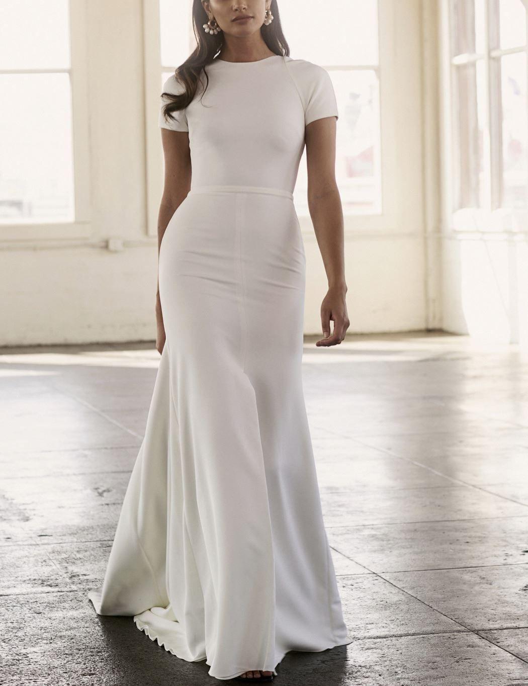 Sarah Seven Christi Short Sleeve Wedding Gown At Lovely Bride Short Sleeve Wedding Dress Modern Short Wedding Dress Short White Dress Wedding [ 1364 x 1050 Pixel ]