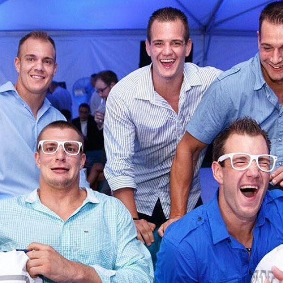 The Gronk Brothers!   GRONK   Patriots football, Rob
