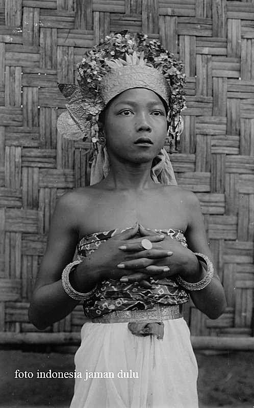 Baju Sembahyang Orang Bali