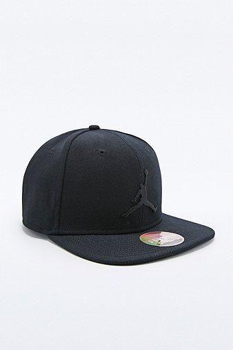 5e39bce86 Nike Jordan Jumpman Snapback Cap in Black #cap #covetme #nike | Hats ...