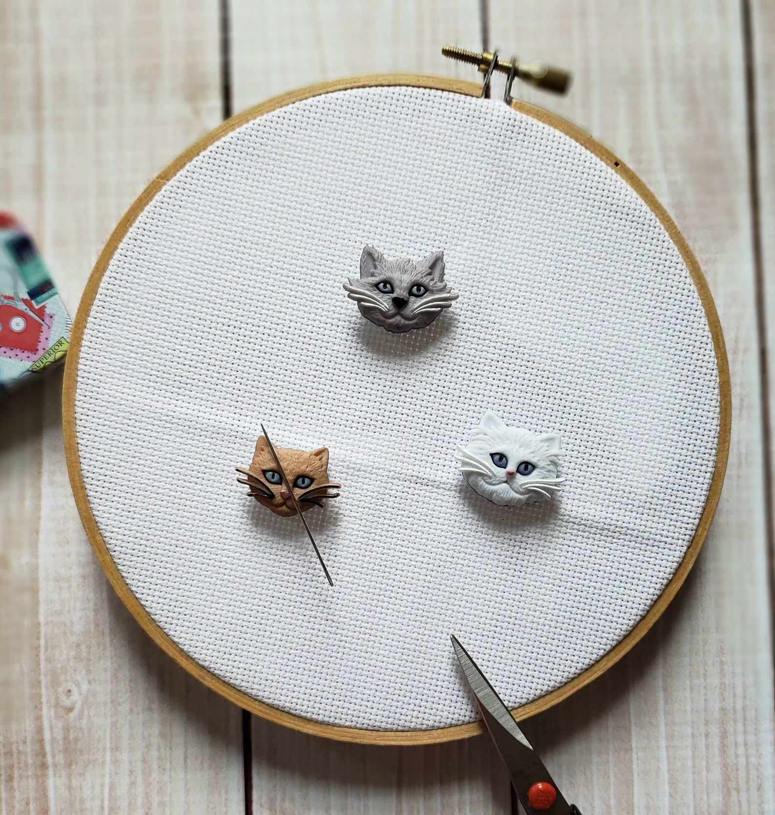 Hey all you Cool Cats needle minder and accessories