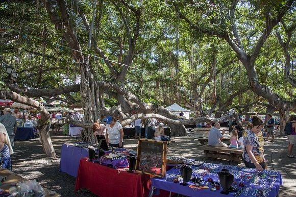 Weekend Craft Fair Under The Banyan Tree In Lahaina Maui