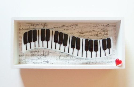 Hey, I found this really awesome Etsy listing at https://www.etsy.com/listing/247345063/piano-keyboard-music-with-heart-fused