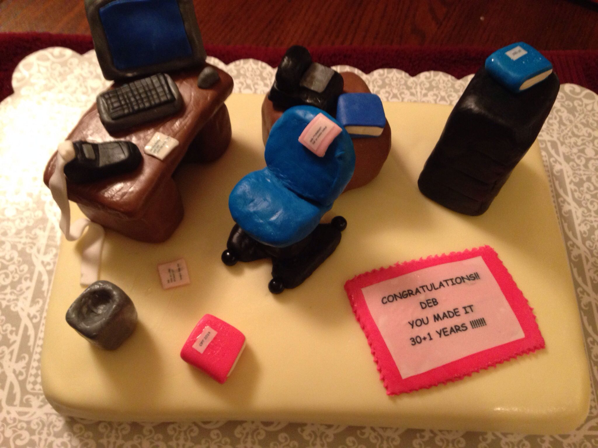 Secretaryoffice worker cake Cakes by Pam Pinterest Cake and