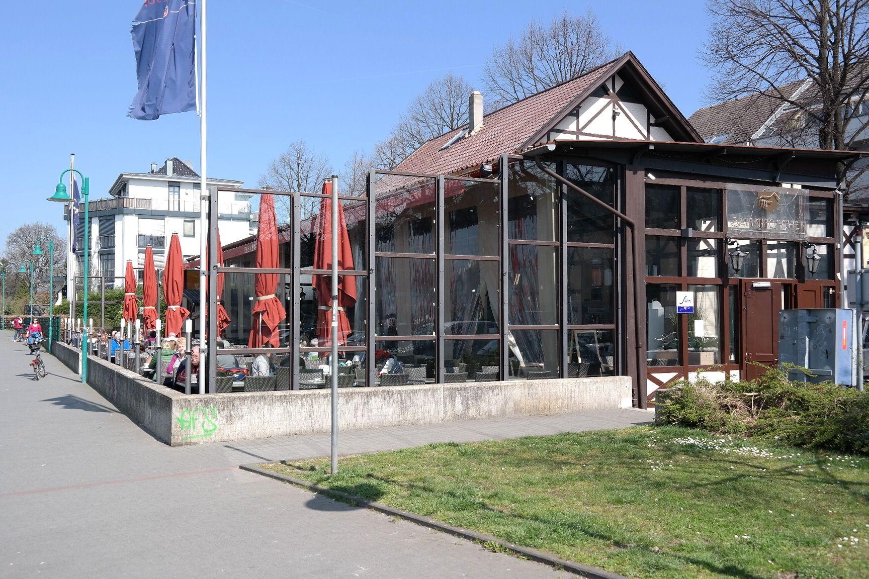 Bahnhöfchen Bonn Beuel Essen Gehen Frühstück Rhein Rheinufer
