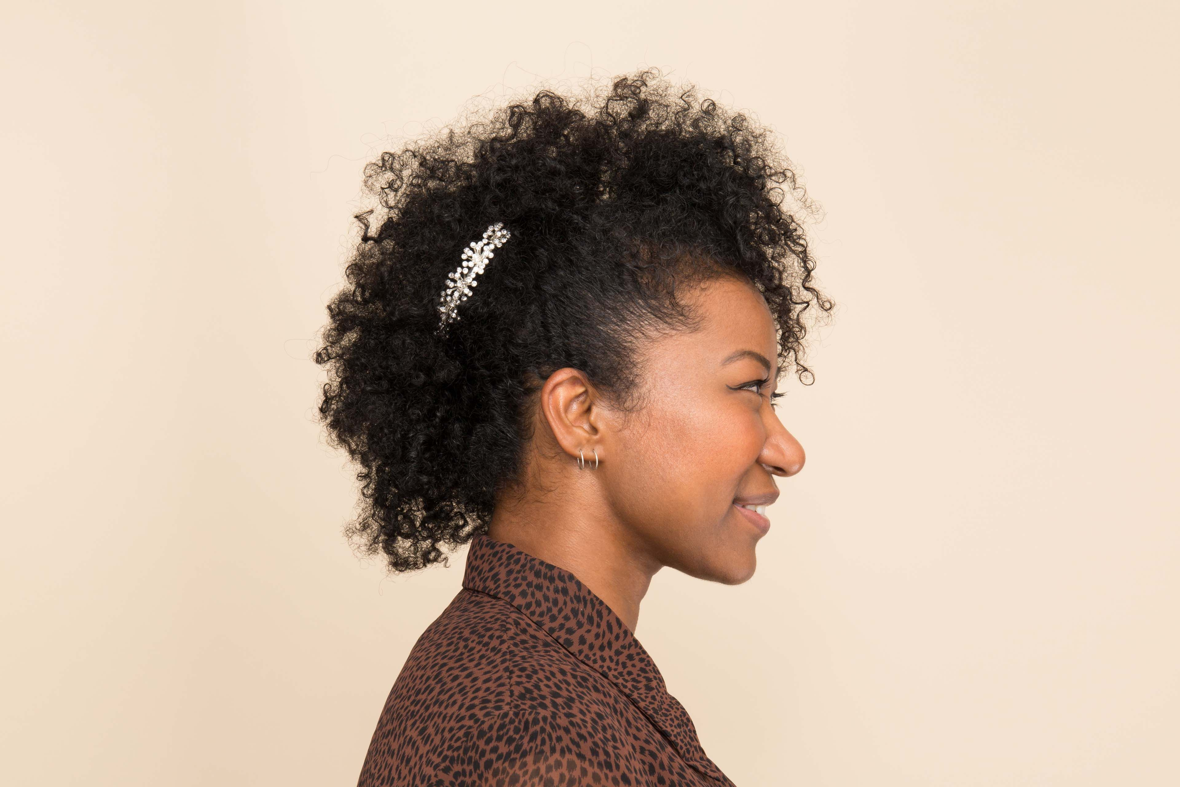 16 Easy and Modern Hairstyles for Thick Curly Hair | Natural hair styles,  Medium hair styles, Natural hair styles easy