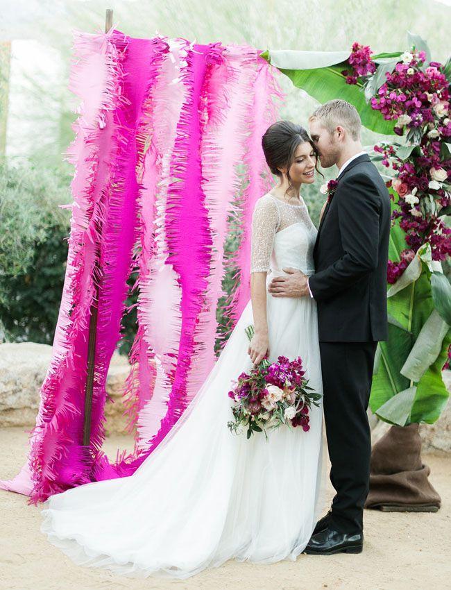 Bright + Bold Wedding Inspiration | Decoración