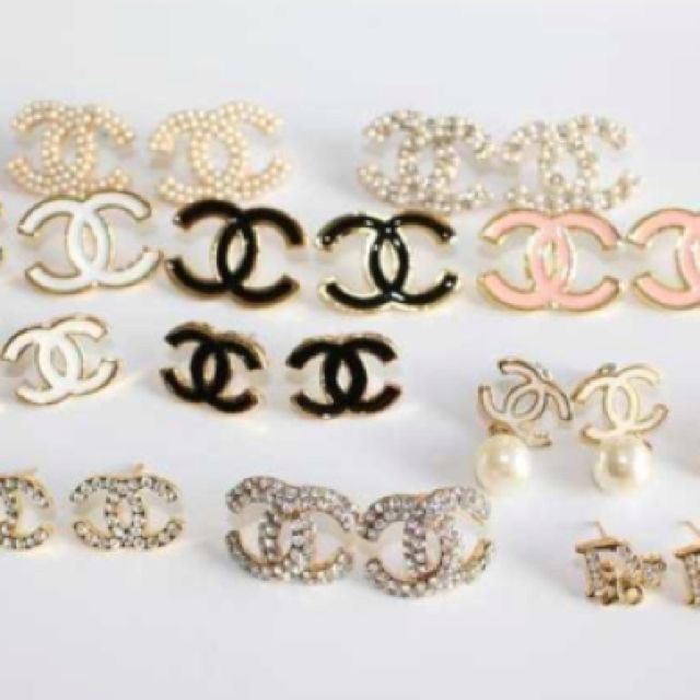 Fake fake fake Chanel earrings | Chanel Chanel Vintage ...