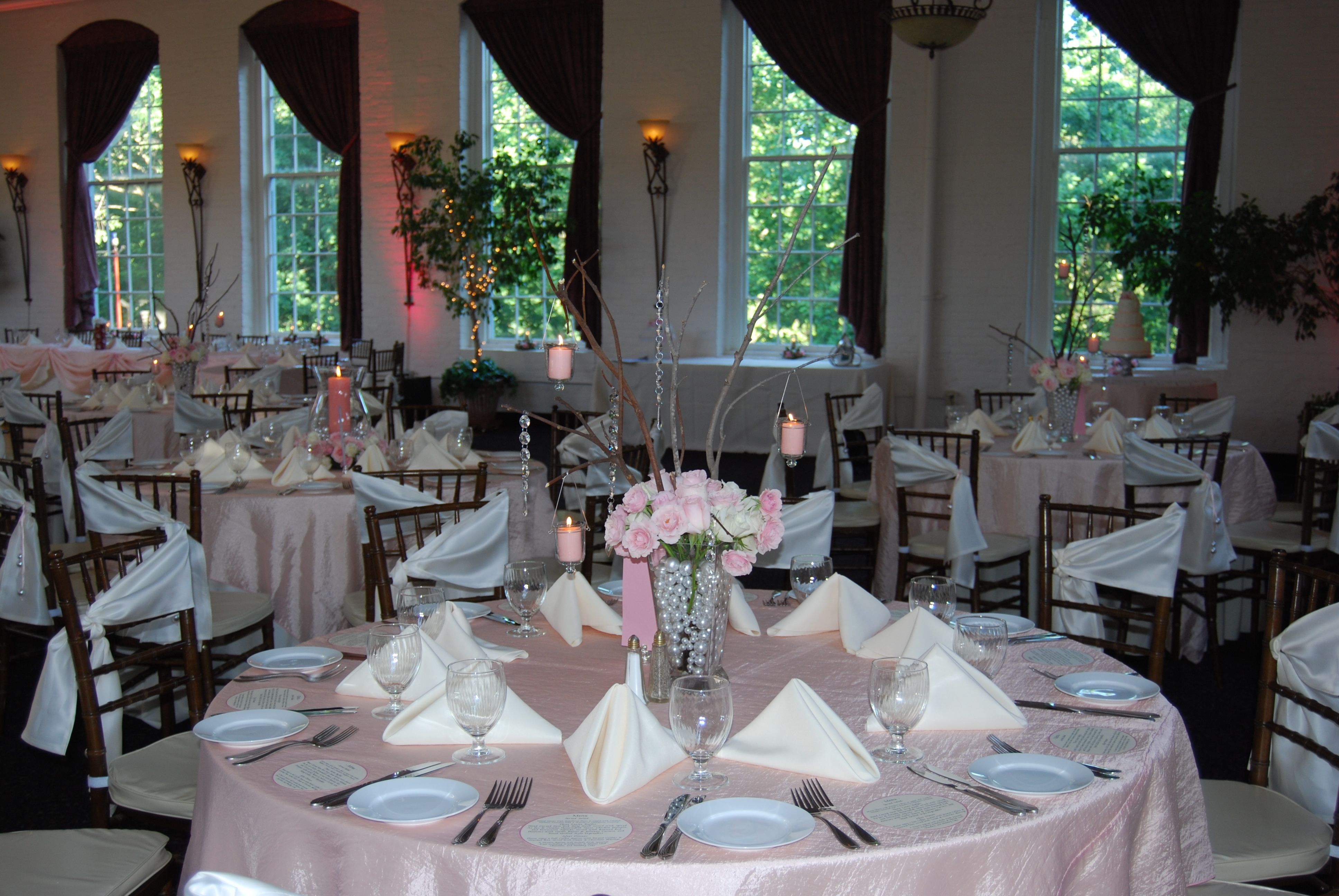 Beautiful Spring Pink Wedding Set Up At The Great Room At Historic Savage Mill Maryland Http Www Greatro Wedding Set Up Wedding Supper Putting On The Ritz