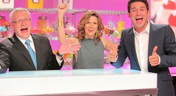 be a backstage judge at the hit food network show cupcake wars
