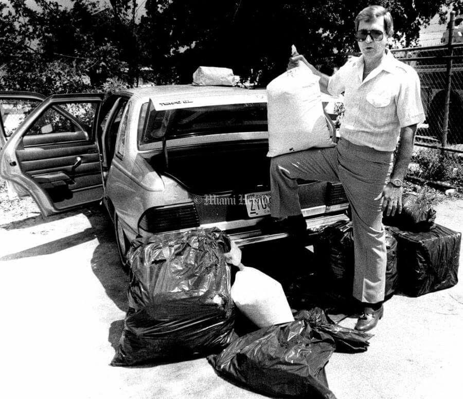 Miami Drug wars, 80's | Miami (Old Miami) | Miami, Drugs, War