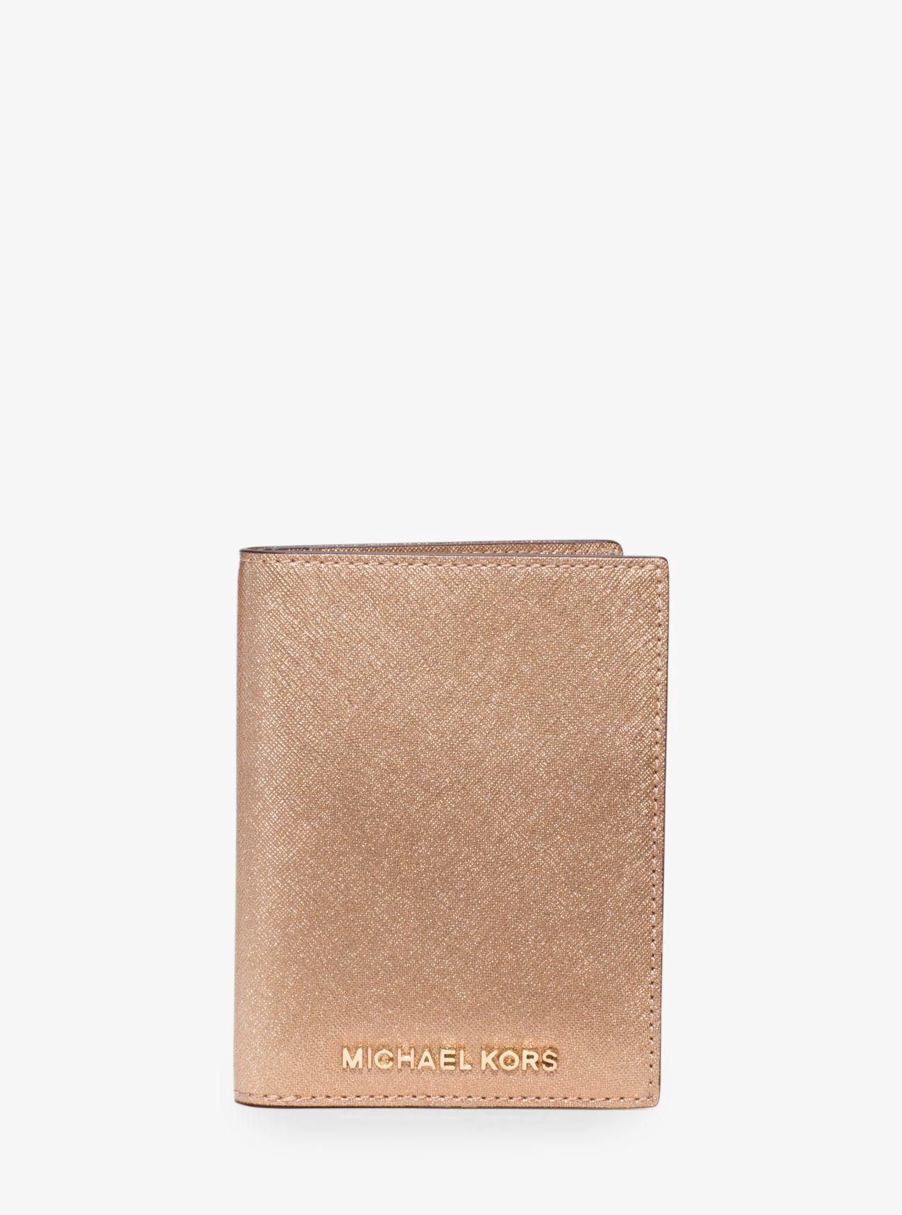 e8a7b5372684 MICHAEL KORS Jet Set Travel Metallic Saffiano Leather Card Holder. # michaelkors #all