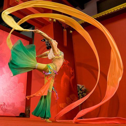 Chinese silk ribbon dance 六 | Dance in 2019 | Ribbon dance