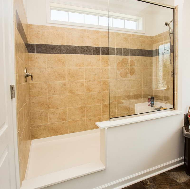 Walk in showers no doors with glass wall and tile for for Master bathroom no door