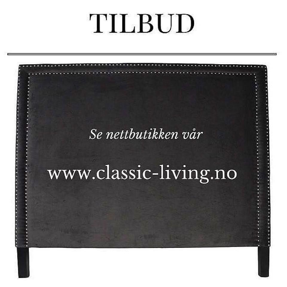 Nydelig klassisk sengegavel i mørk grå velour med sølvnagler og sorte ben fra #classicliving.  Str: Grå H: 152 / B: 180 / D: 10 cm Se http://ift.tt/1UdJ1or for mer info