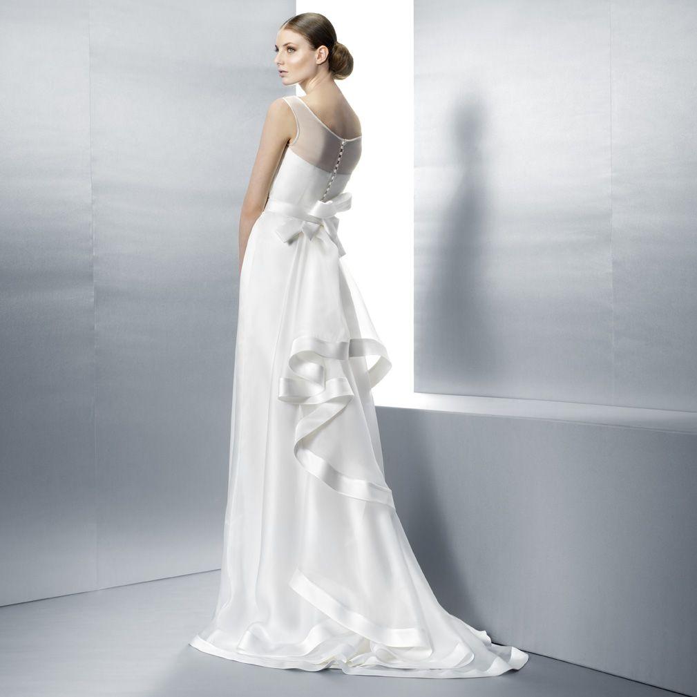 Jesús Peiró   Wedding gowns etc.   Pinterest   Gowns