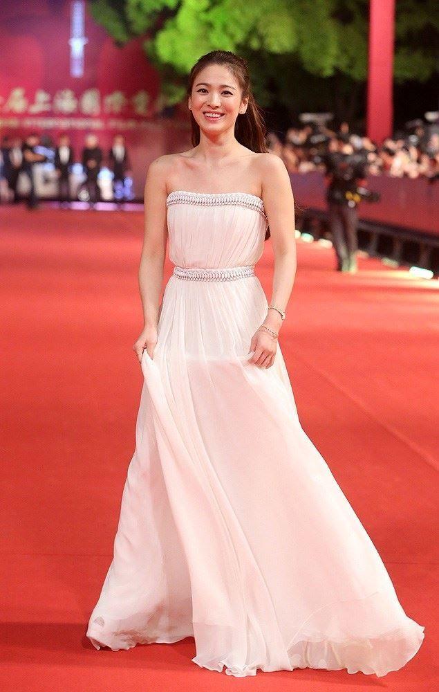 Hye Red Carpet Dresses Kpop Browardcountymedicalassociation