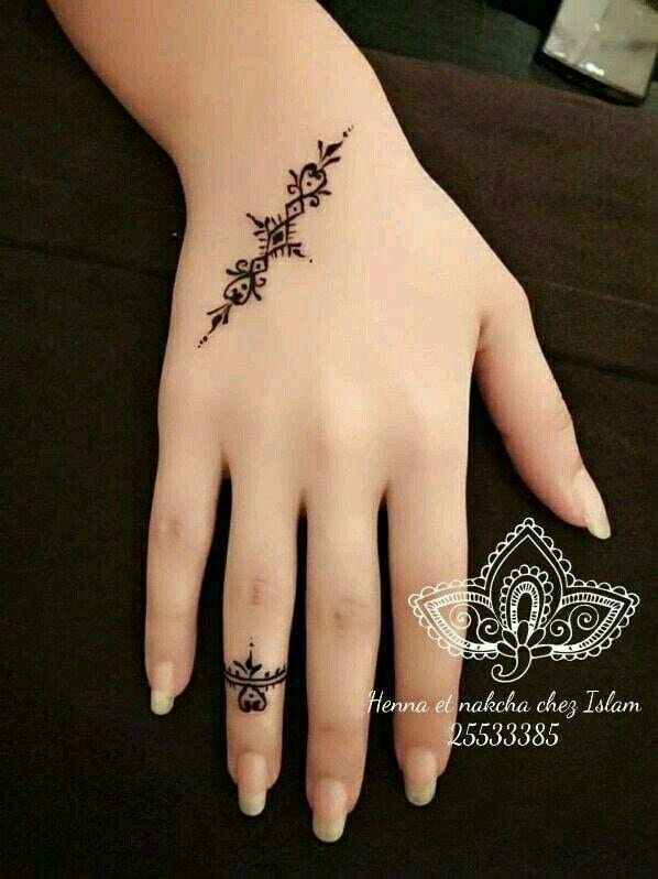Pinterest Aalaaaatya Henna Tattoo Designs Simple Henna Tattoo Designs Henna Tattoo Hand