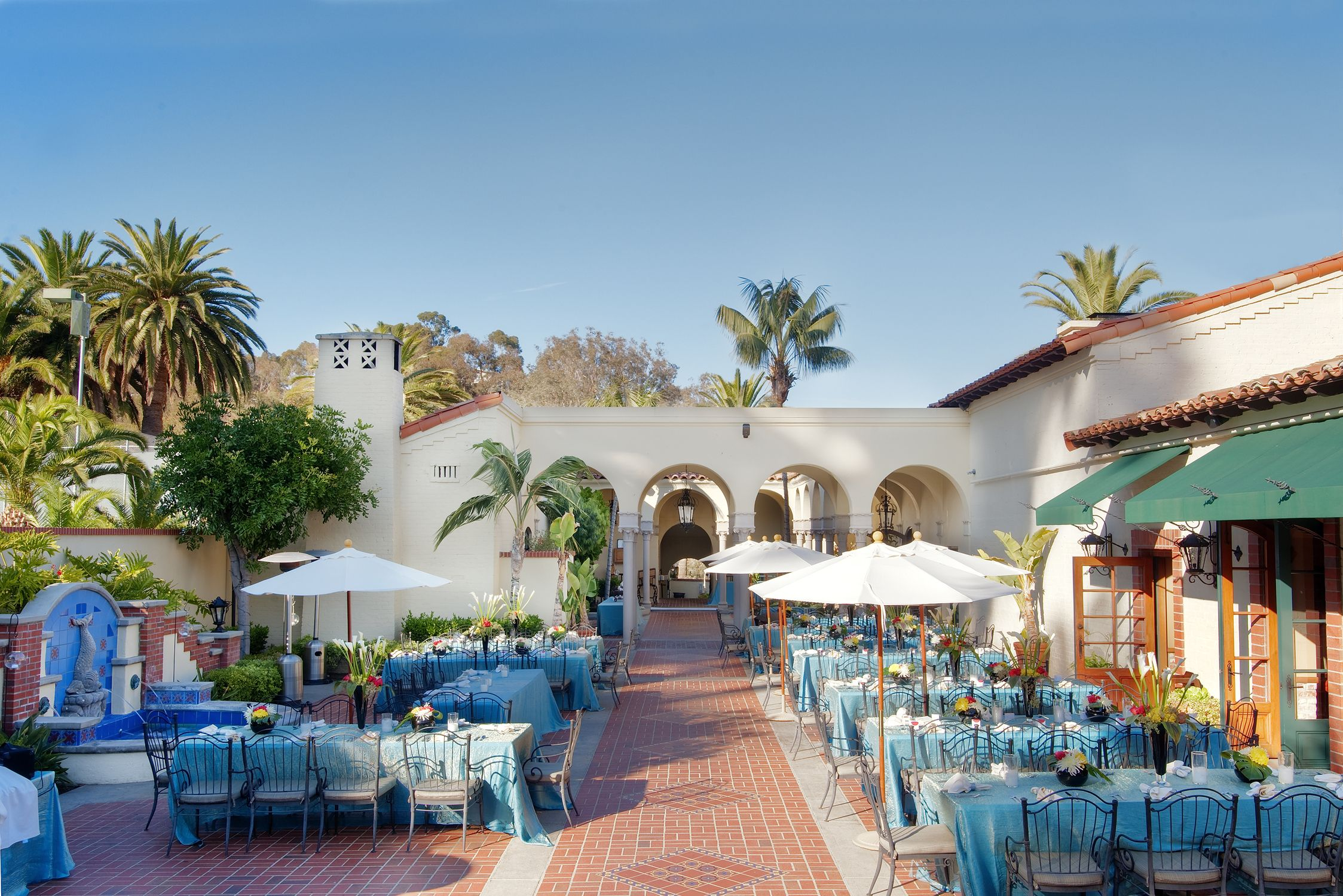 The Catalina Country Club is the perfect solution for