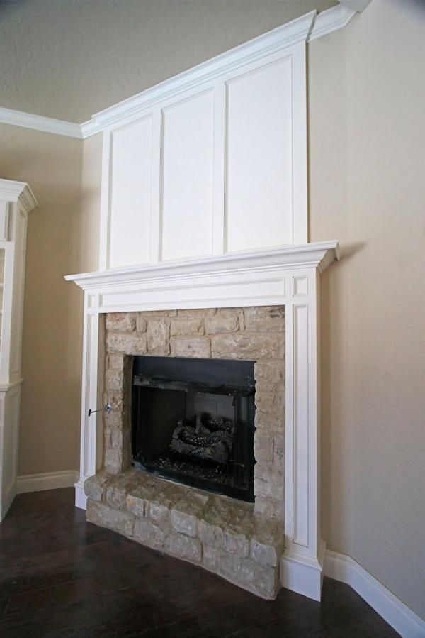 Molding Around Fireplace Not So Much The Work From The Mantle To The Ceiling Tho Home Fireplace New Homes Home