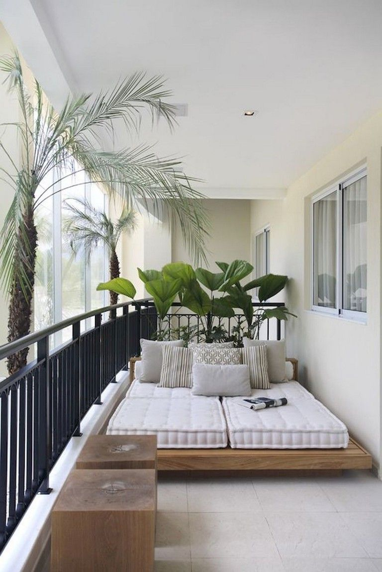 70 Stunning Small Balcony Decorating Ideas On A Budget Apartment Balcony Decorating Balcony Decor Small Balcony Design