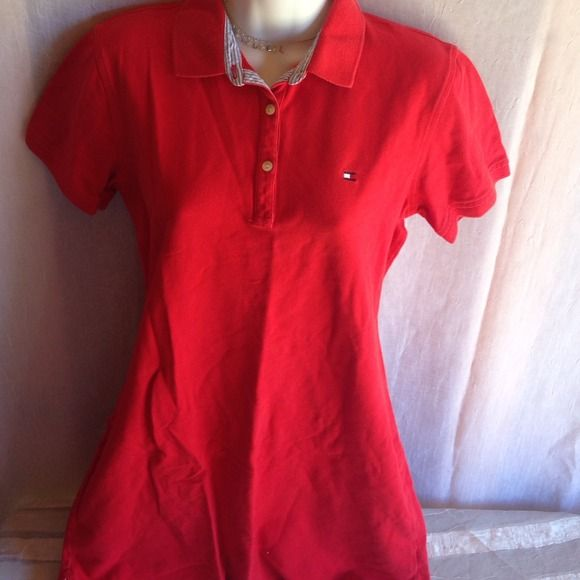 Red knit short casual wear dress Red knit shirt casual wear dress. Great condition. Jr size tommy hilfiger Dresses