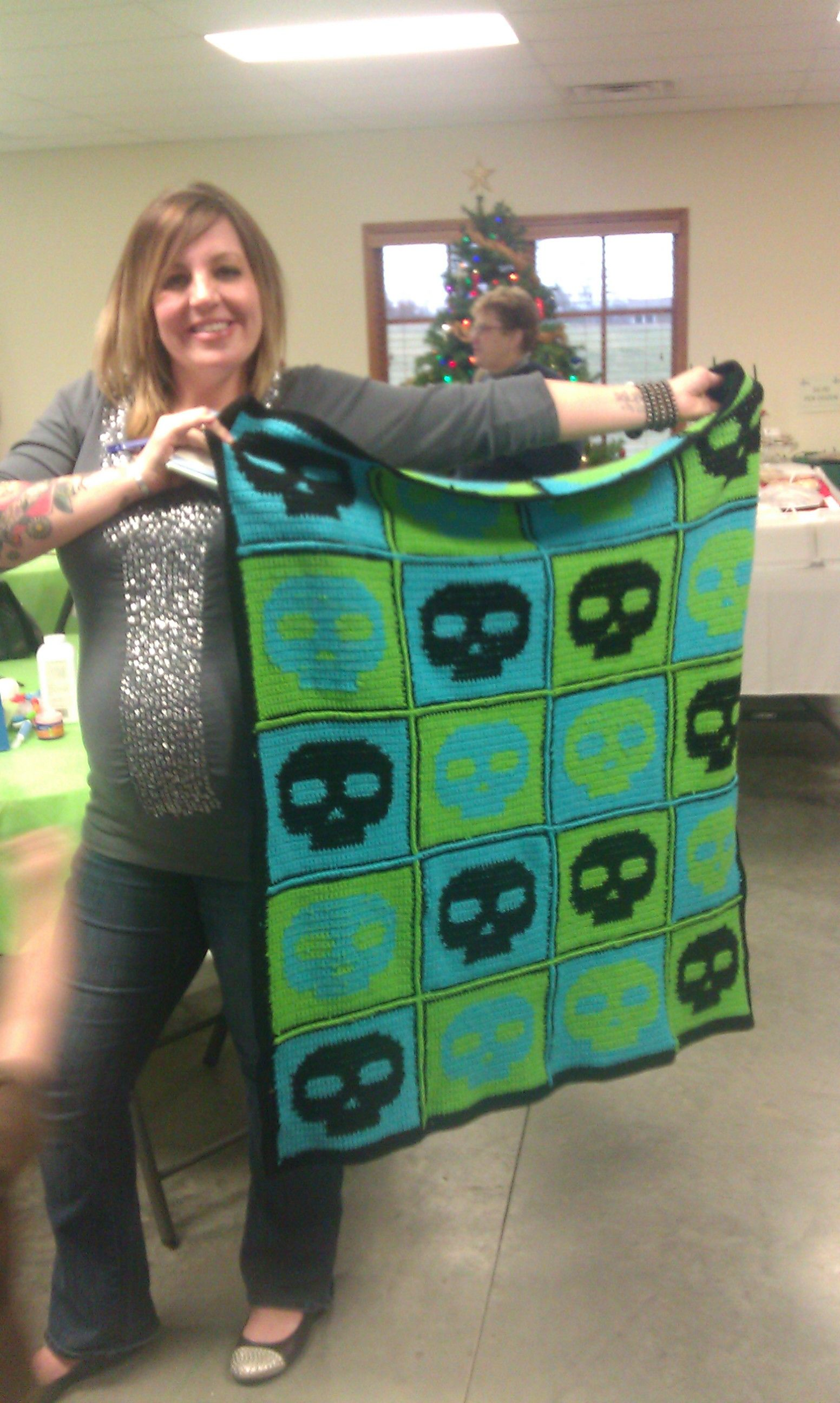 """Baby blanket with skull design for a little boy's pirate themed room. Made with """"skullholder"""" pattern"""