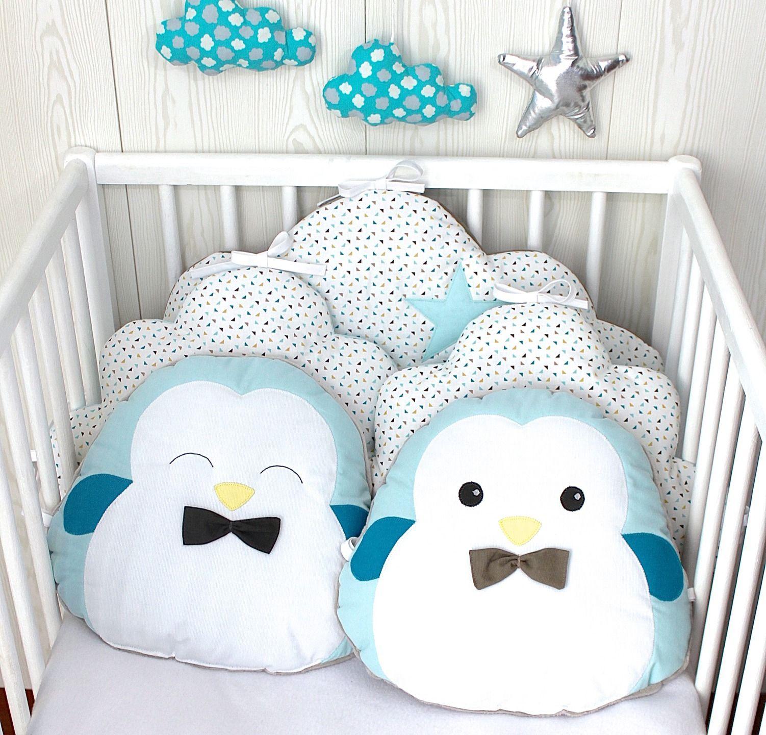 Tour de lit bébé 60cm large nuage et petits pingouins bleu