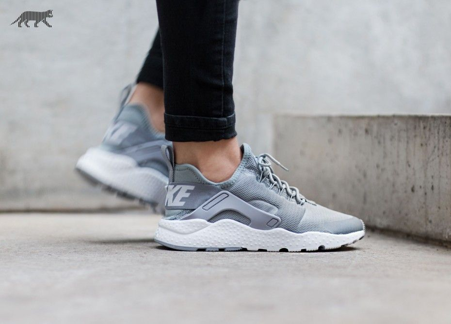 timeless design 08572 71995 Nike Air Huarache Run Ultra Damen Gray Nike Shoes, Air Nike Shoes, Gray  Nikes