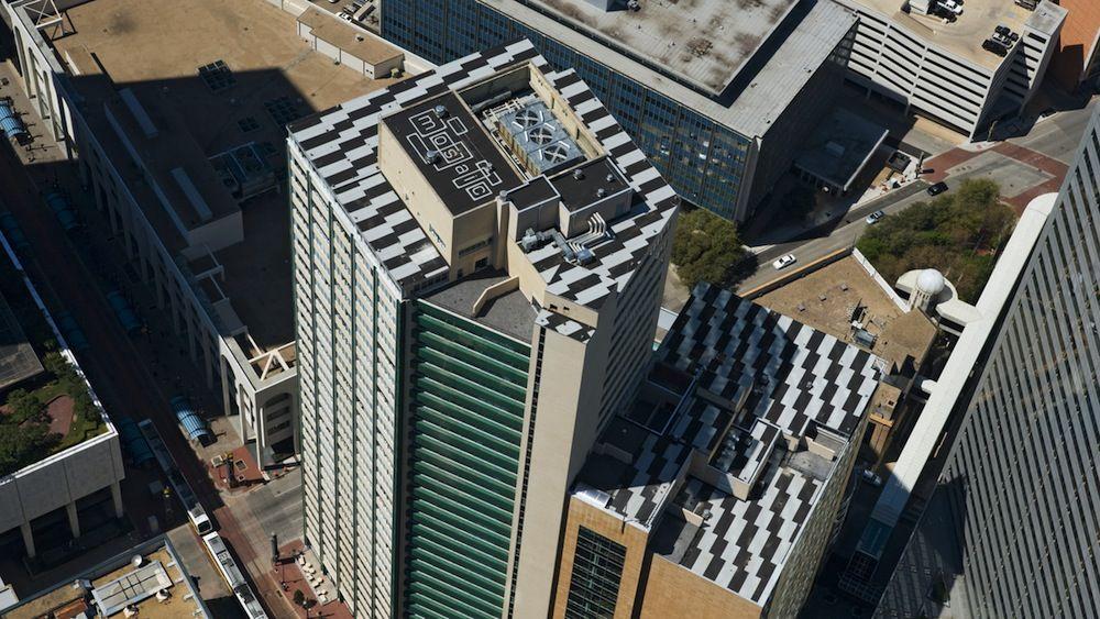 Luxurious Mosaic Apartments In Dallas Texas The Mosaic Dallas Downtown Dallas High Rise Apartments Luxury Apartments