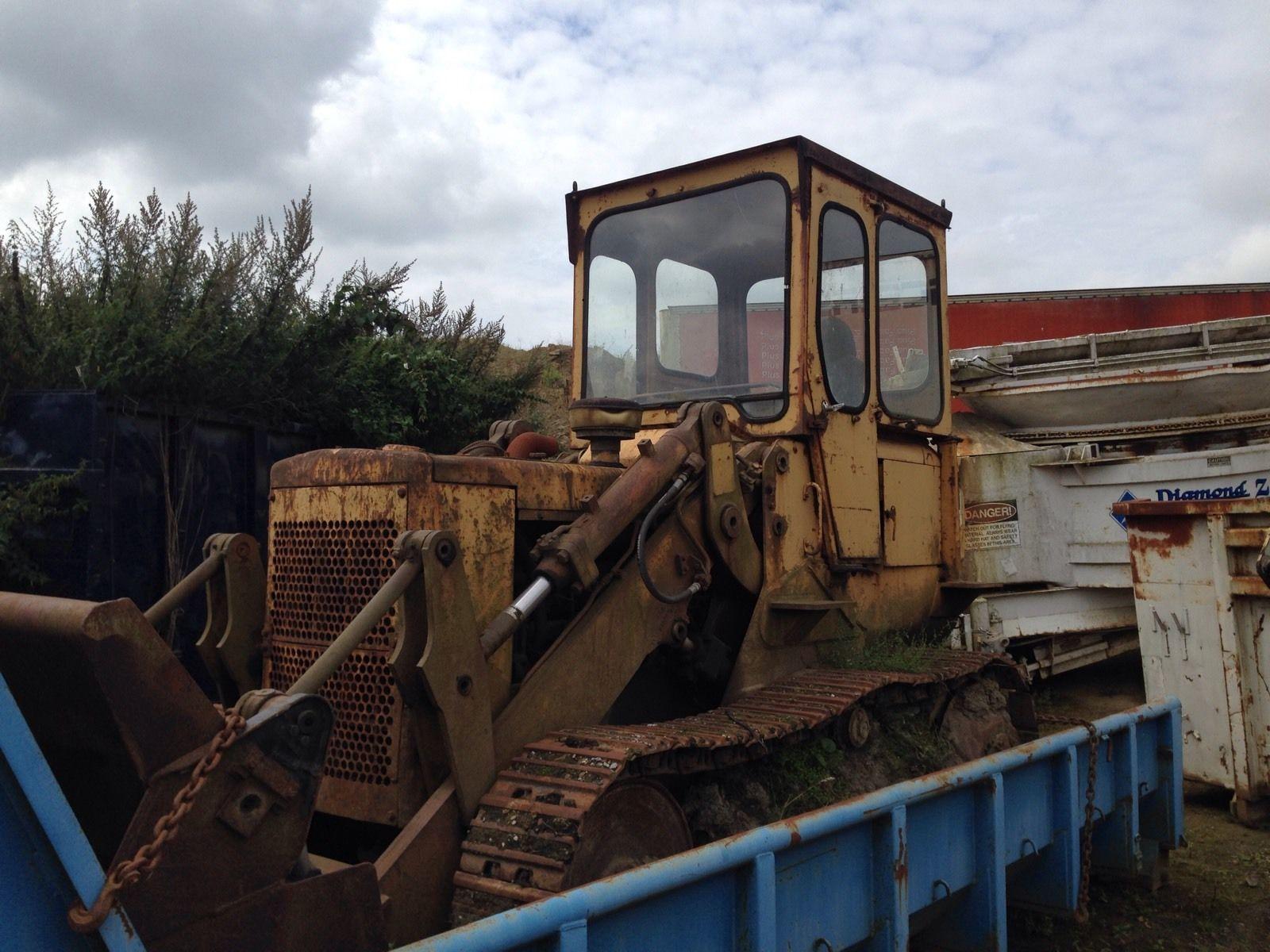 caterpillar 941 track shovel digger dumper excavator jcb 3cx tractor