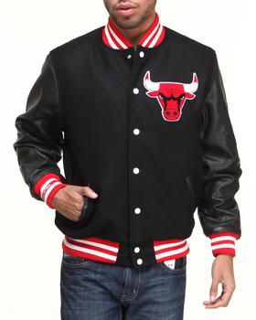 Buy Chicago Bulls NBA Wool/Leather Varsity Jacket Men's Outerwear from Mitchell & Ness. Find Mitchell & Ness fashions & more at DrJays.com #varsityjacketoutfit