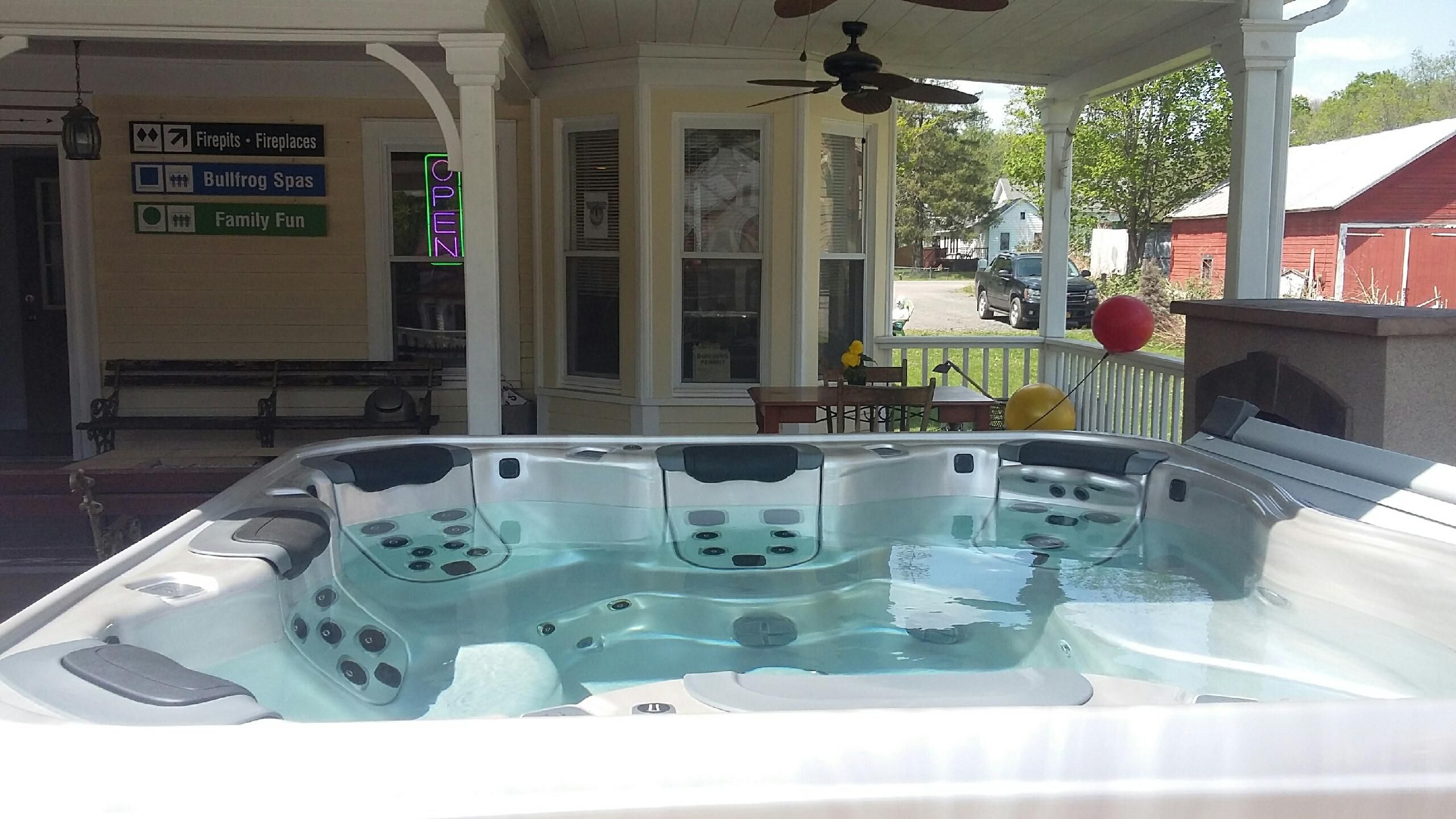 Best Hot Tubs (Windham/NY): Our staff will be happy to tell you how ...