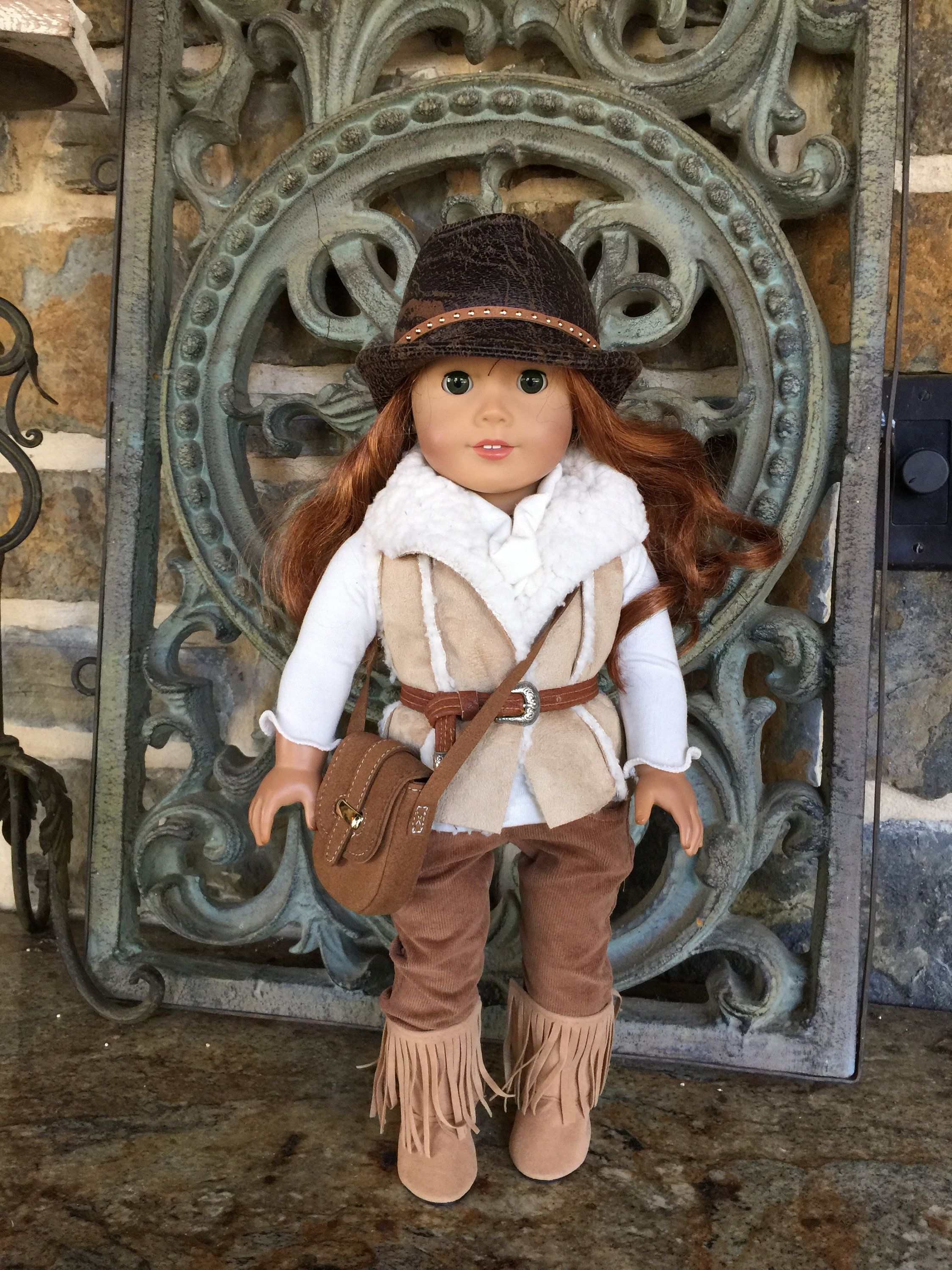 18 inch doll clothes made to fit dolls like the American Girl Doll-reversible sherpa vest #18inchdollsandclothes