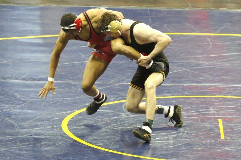 Iowa Hawkeyes Derek St. John wrestles Ohio Stat University