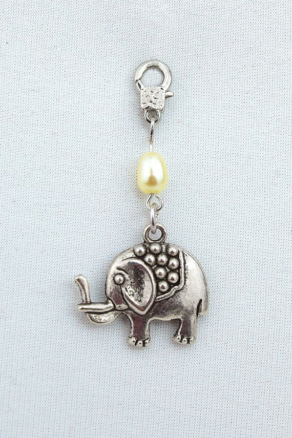 Lucky charm pendant elephant freshwater pearl by MoniceBoutique, €6.00