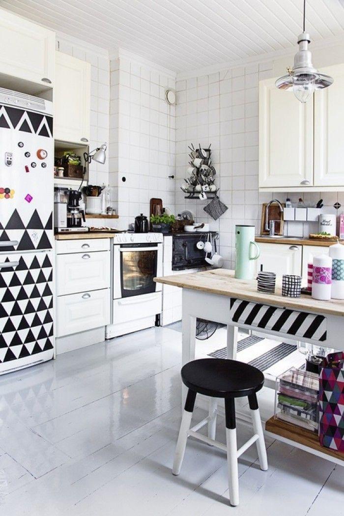 helle k che im skandinavischen stil mit modernen gemusterten elementen k che kitchen k che. Black Bedroom Furniture Sets. Home Design Ideas