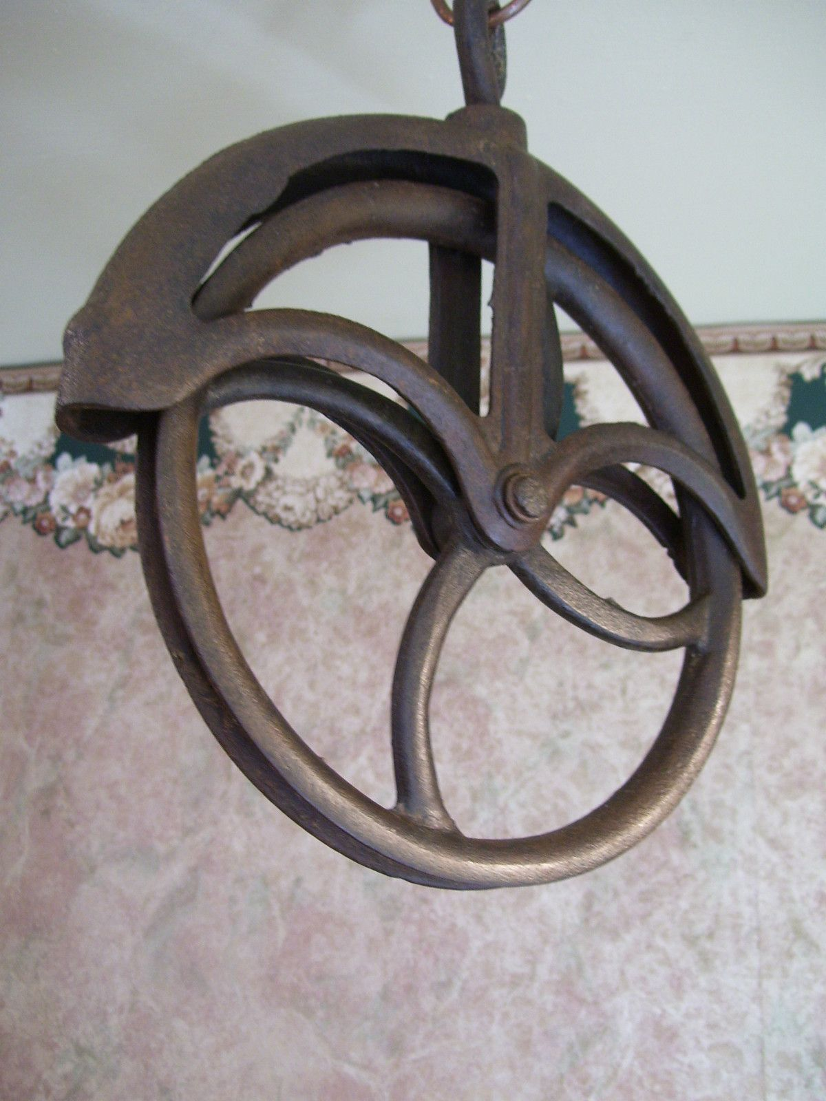 Antique Cast Iron Primitive Water Well Pulley Farm Tool Ebay Antique Cast Iron Farm Tools Antique Tools