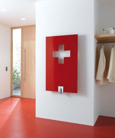 Moderne Design-Heizkörper: Metallschlitz: Heizung \
