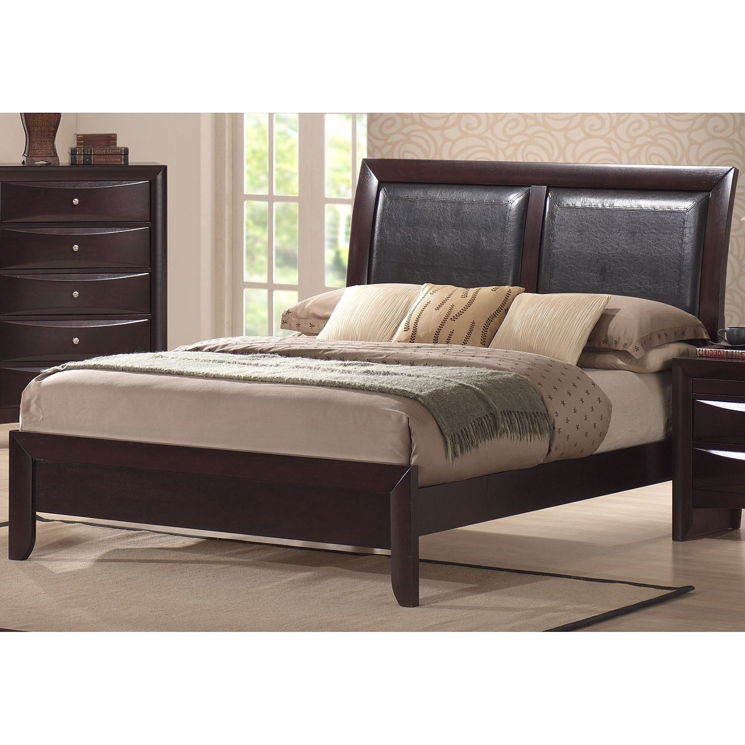 Madison Full Bed Sam S Club With Images Bedroom Sets Picket
