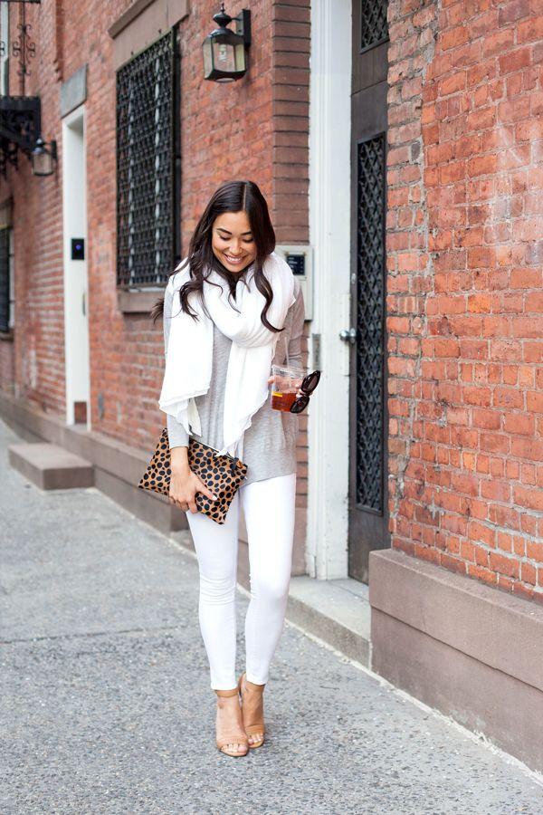 573fab4c1a6a White jeans
